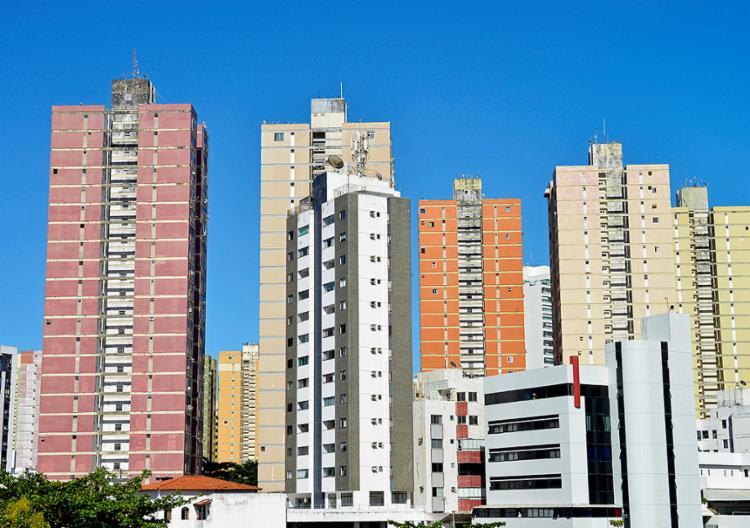 Cenário é favorável para compra e aluguel de imóvel